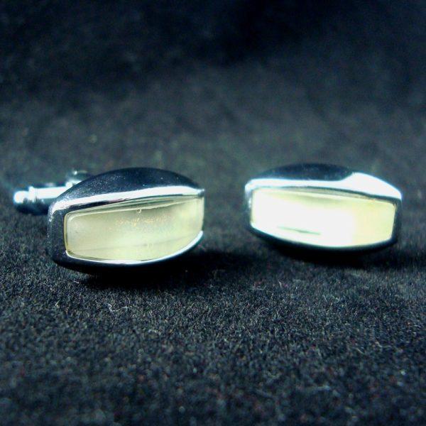 Oblong-pearl-cufflinks